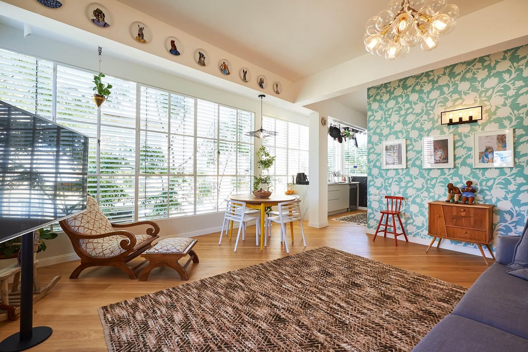 הסלון בדירה של טל מידן, דירתי-לי, צילום: סיגל סבן