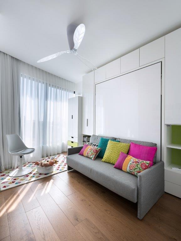 חדר לאירוח הנכדים, הדירה בעיצוב מיכל האן במגדלי בלו, צילום: עמית גושר