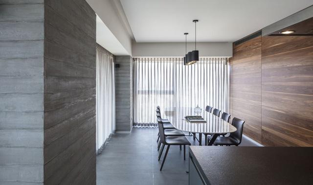 בית מינימליסטי עם שימוש בחומרים קרים ודגש על האדריכלות, עיצוב: אדריכל צבי גרש, צלם: עמית גירון