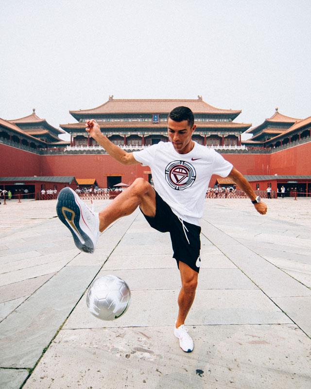 רונאלדו מככב בסין