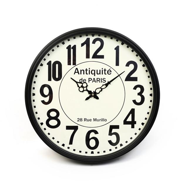 שעון קיר של נובל קולקשן, צילום עדי קראוס