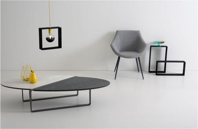 ניקולטי-שולחן-בשילוב-עץ-ושיש-8,900שח-וכורסא-מעור-רך-4,000שח-צילום-גיא-שרון