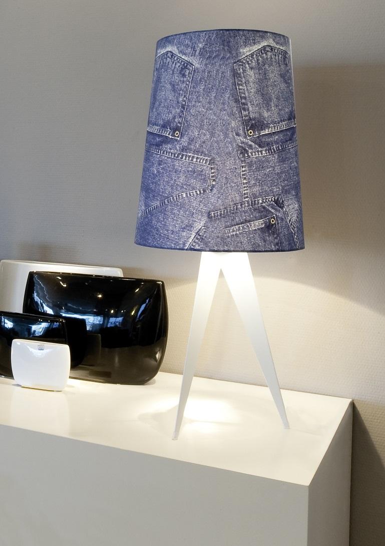 קמחי תאורה, מנורת שולחן החל מ-2200 שח, צילום יחצ חול (1)