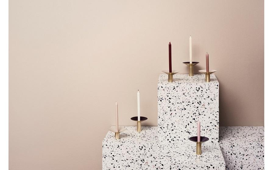 "Brass candleholders, להשיג בסטודיו Prat Living ובאתר www.pratliving.com, צילום יח""צ"