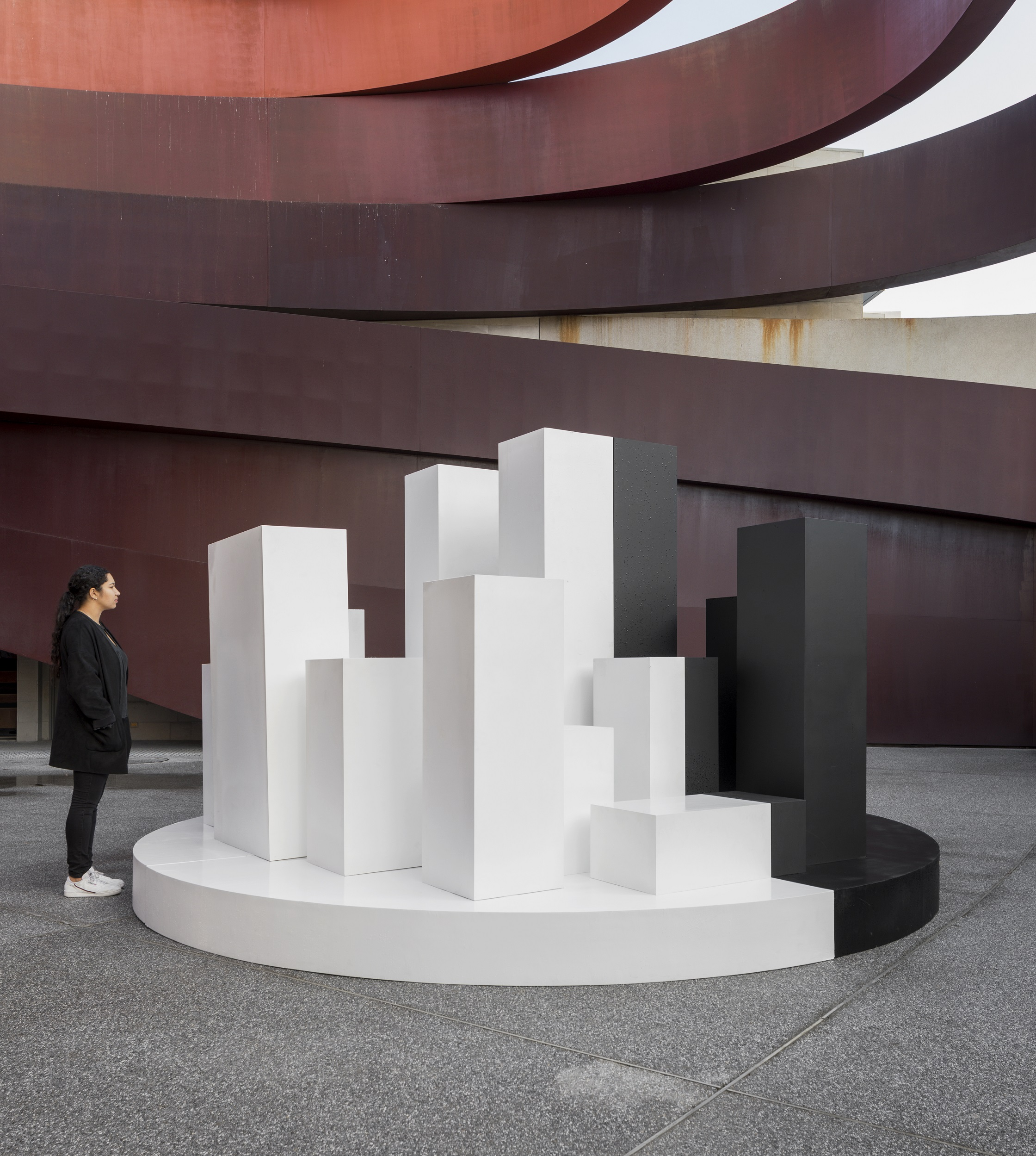 UN STUDIO, הדבר הבא - צבע לבן ייחודי שמפחית התחממות, צילום אלעד שריג