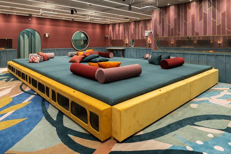 רהיטים ואביזרים של טולמנ'ס דוט, ריפוד של רנבי רד, צילום ליאור גרונדמן