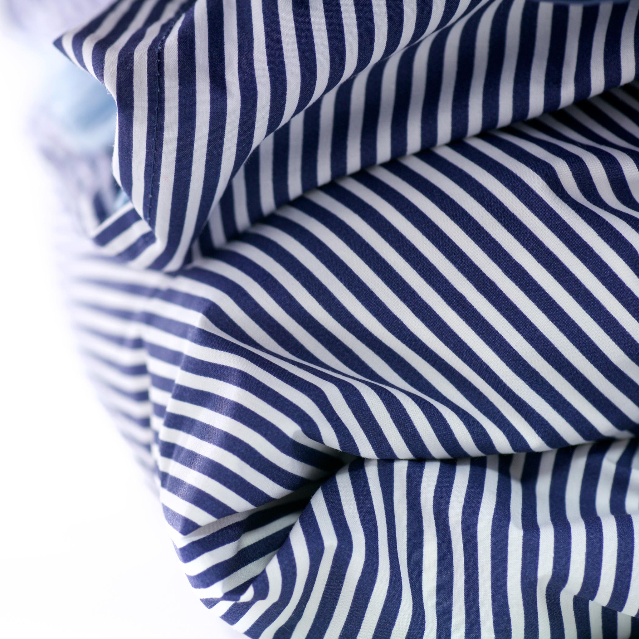 """מצעי soham בייצור כחול-לבן ובצבעי כחול ולבן, צילום: יח""""צ"""